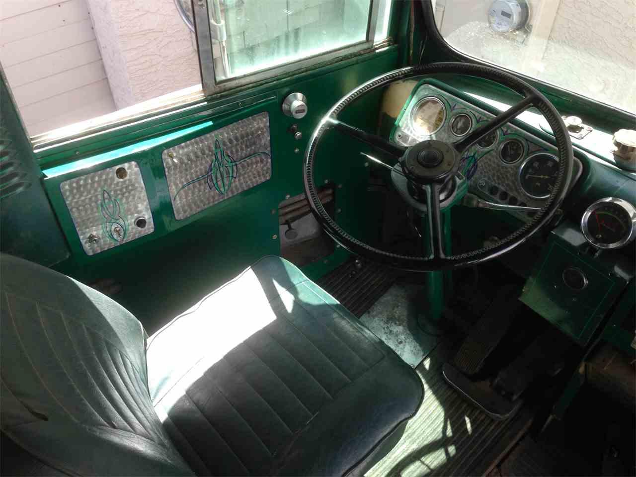 Large Picture of 1950 Von Dutch Bus - $8,800,000.00 - G8ZA
