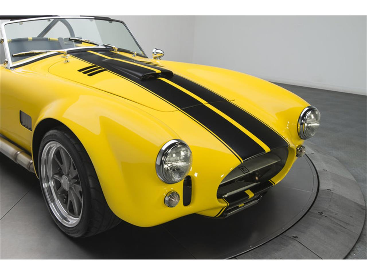 Large Picture of Classic '65 Shelby Cobra - G3C0