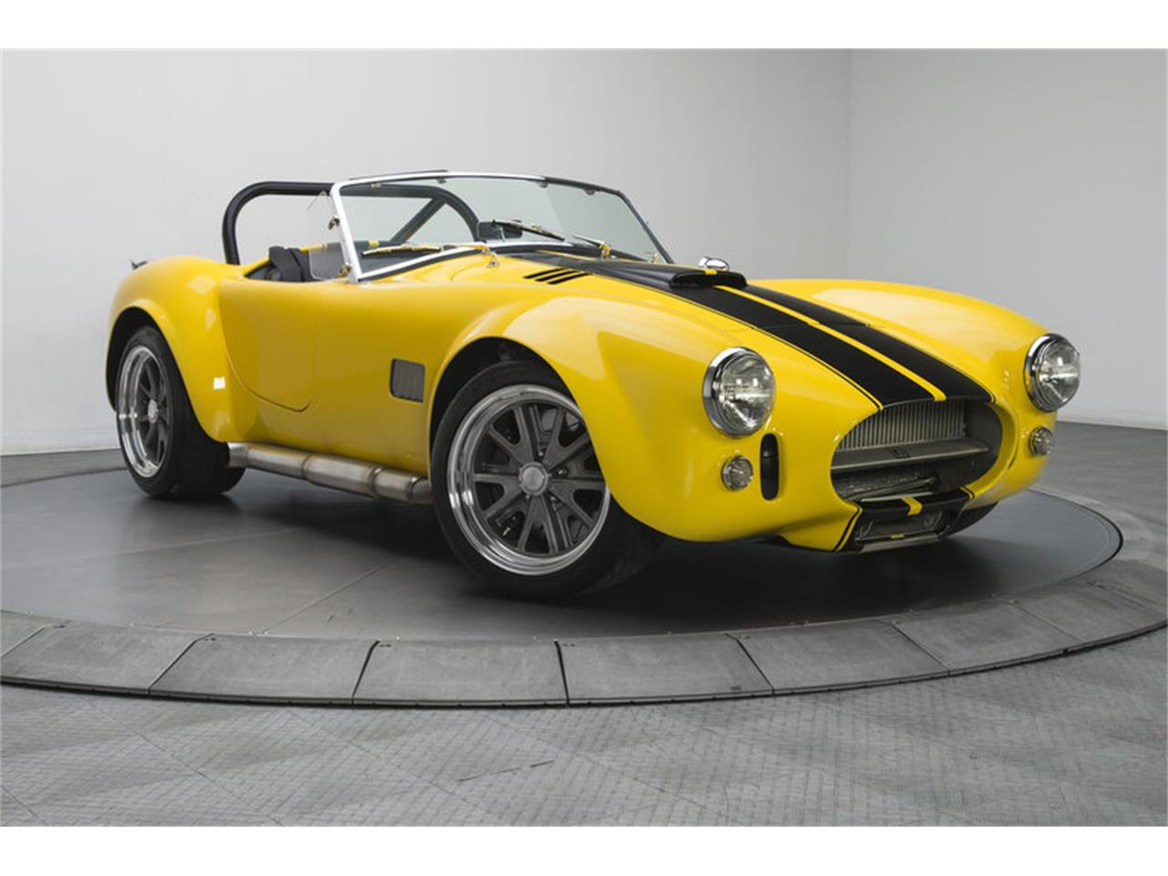 Large Picture of 1965 Cobra - G3C0