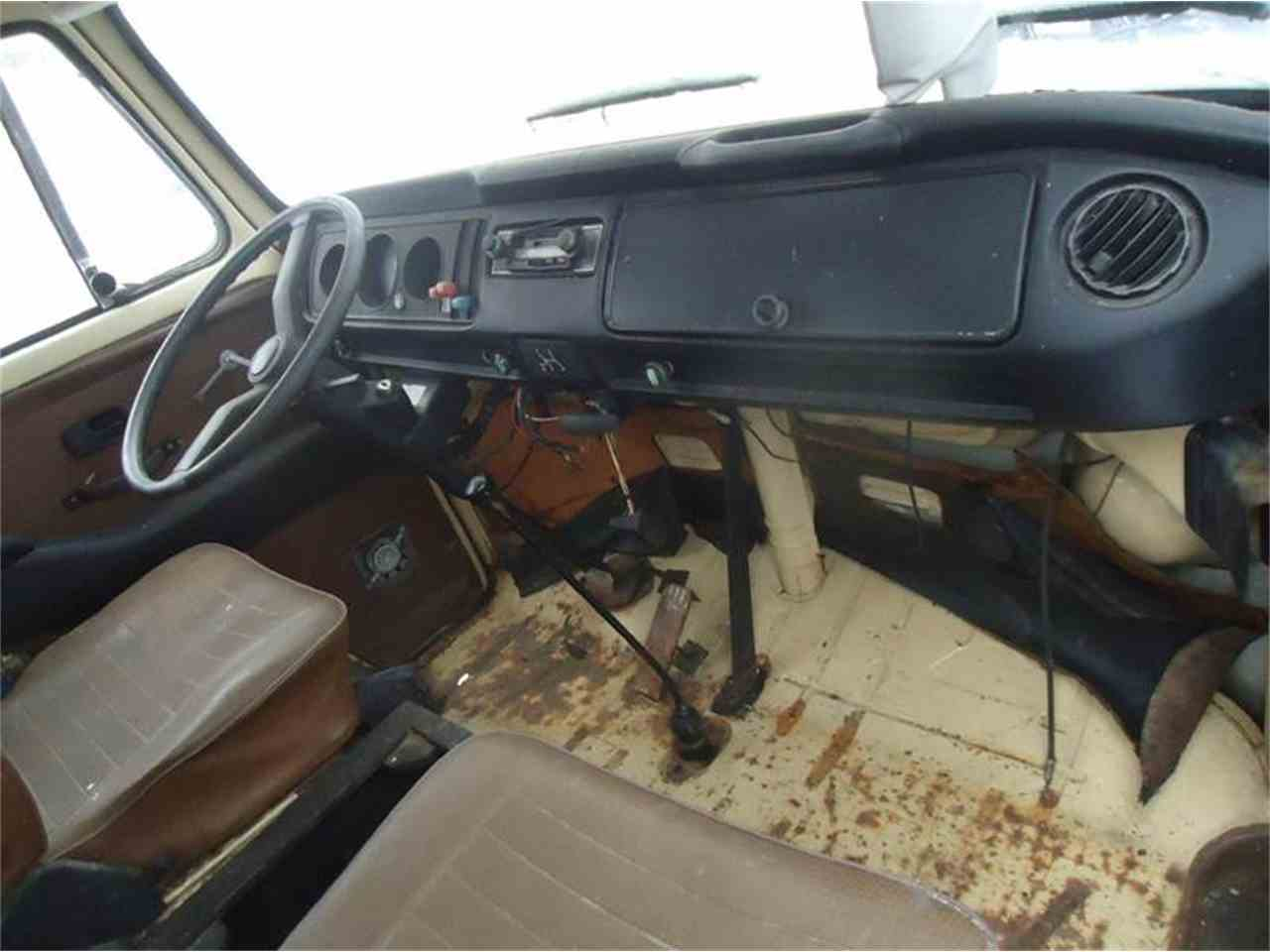Large Picture of '78 window van - G95E