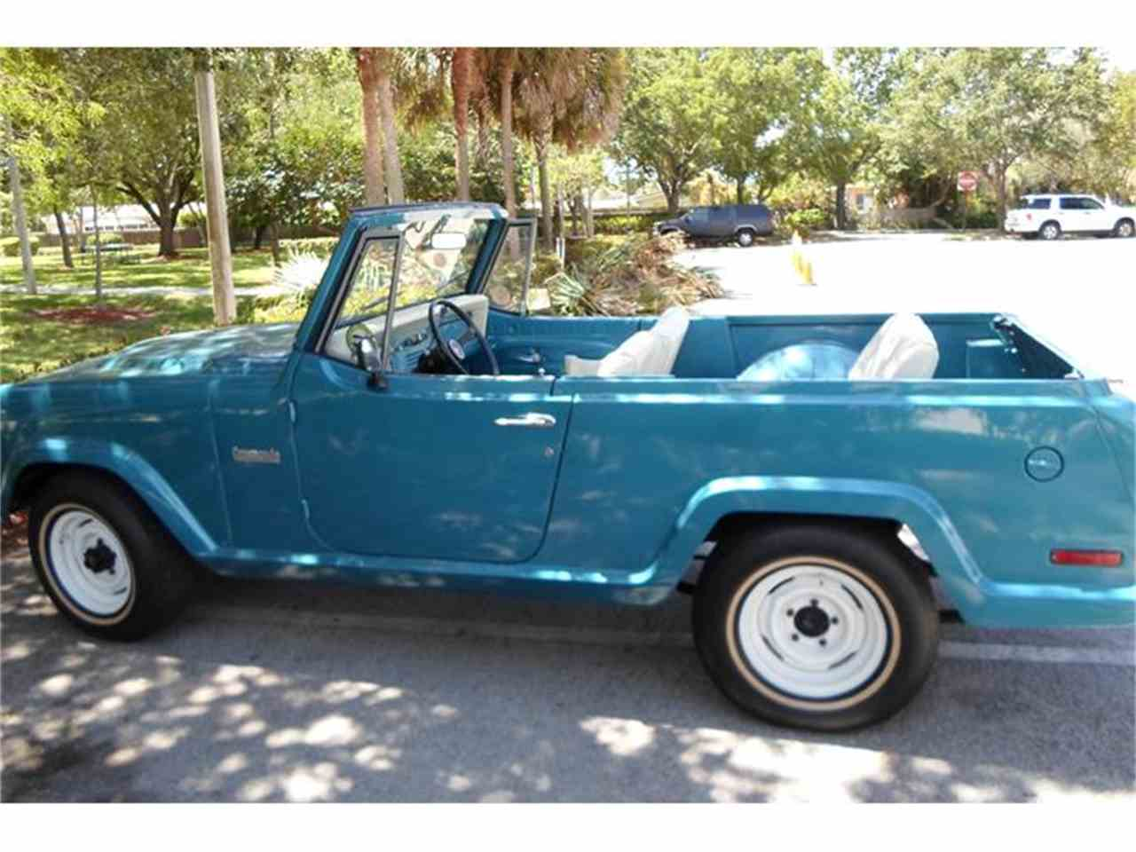 Large Picture of '73 Jeepster Commando - G975