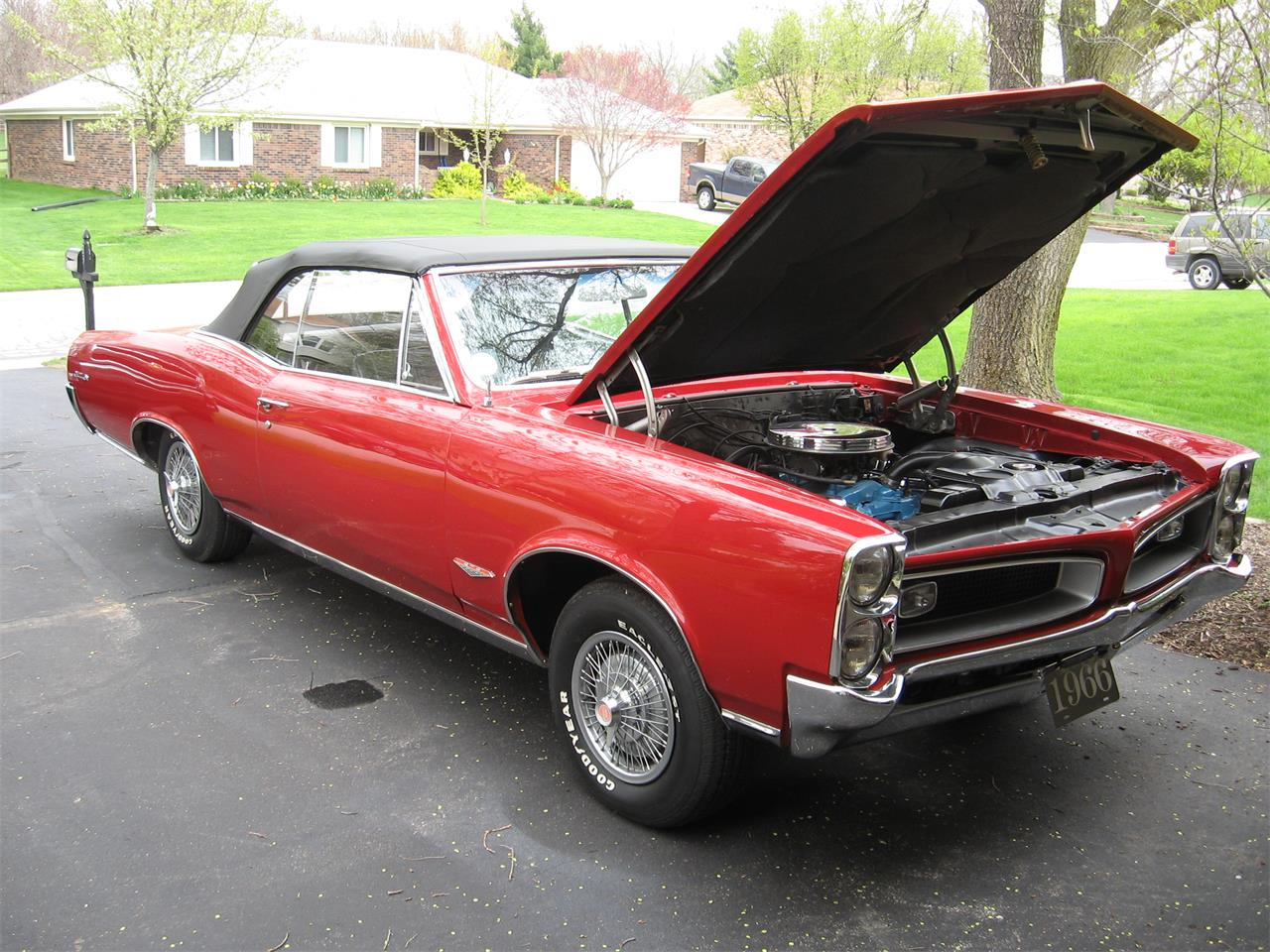 Large Picture of '66 GTO - G9IM