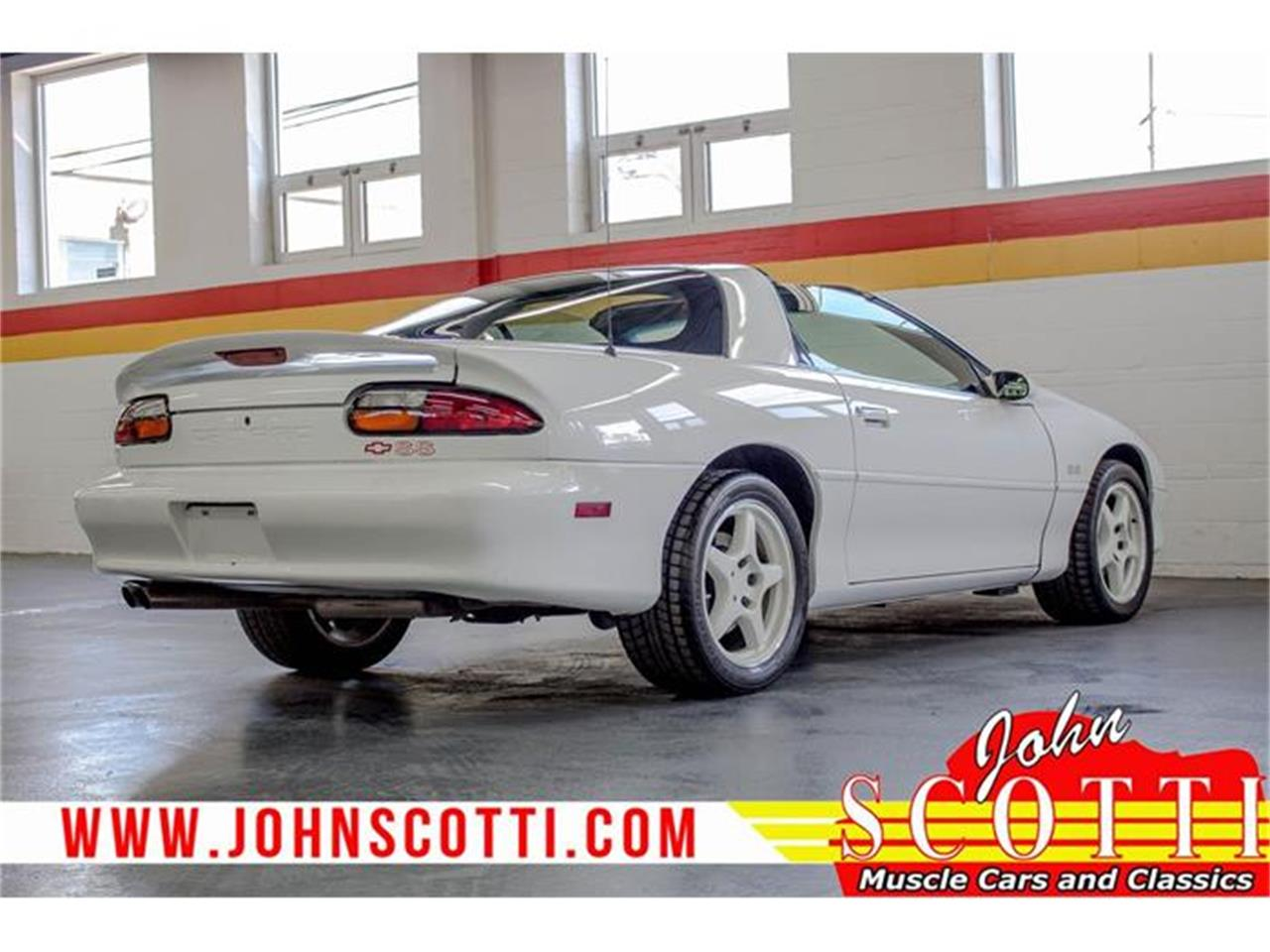 Large Picture of '97 Camaro SS Z28 located in Montreal Quebec - $22,990.00 - G9NR