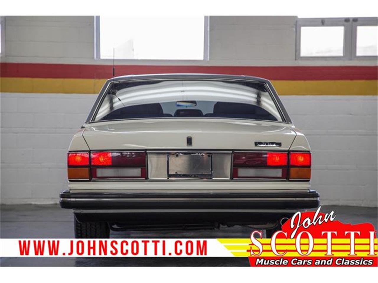 Large Picture of 1990 Rolls-Royce Silver Spur II located in Quebec - $31,900.00 Offered by John Scotti Classic Cars - G9NZ