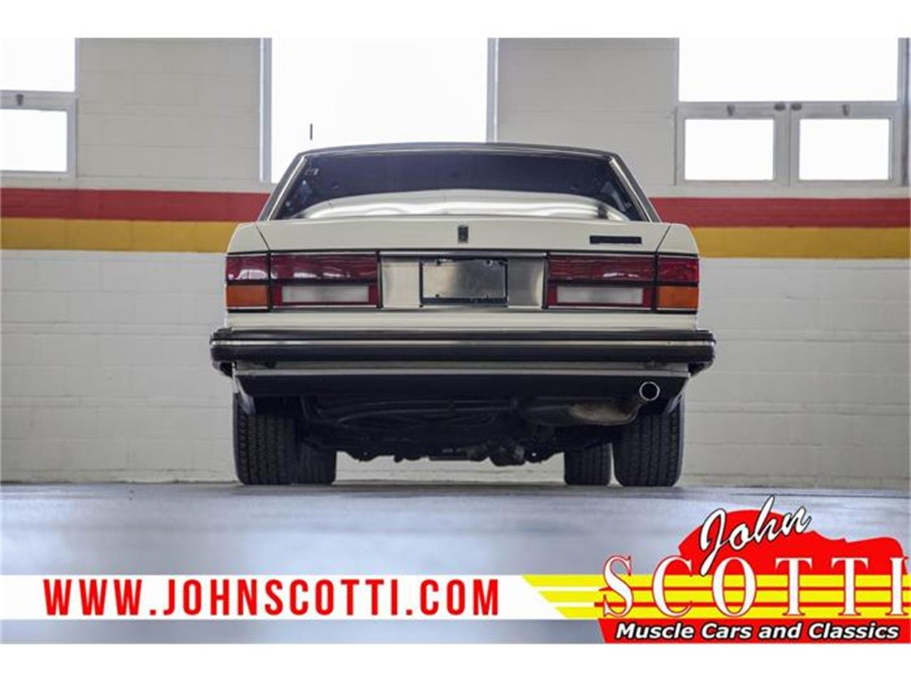 Large Picture of 1990 Silver Spur II located in Montreal Quebec - $31,900.00 Offered by John Scotti Classic Cars - G9NZ