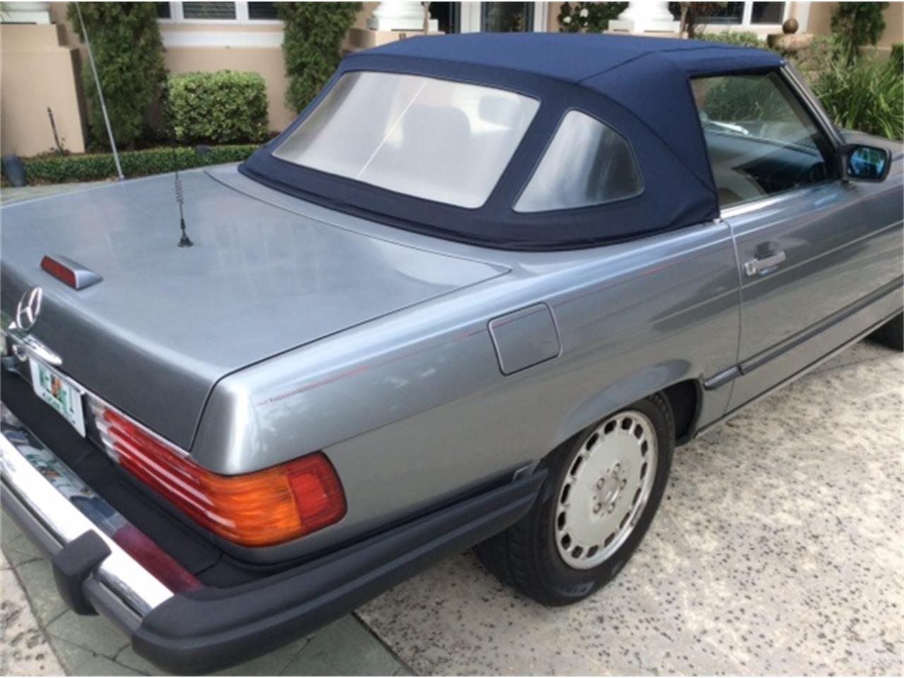 Large Picture of '89 Mercedes-Benz 560SL located in Ponte Vedra Beach Florida - $15,000.00 - G9PN