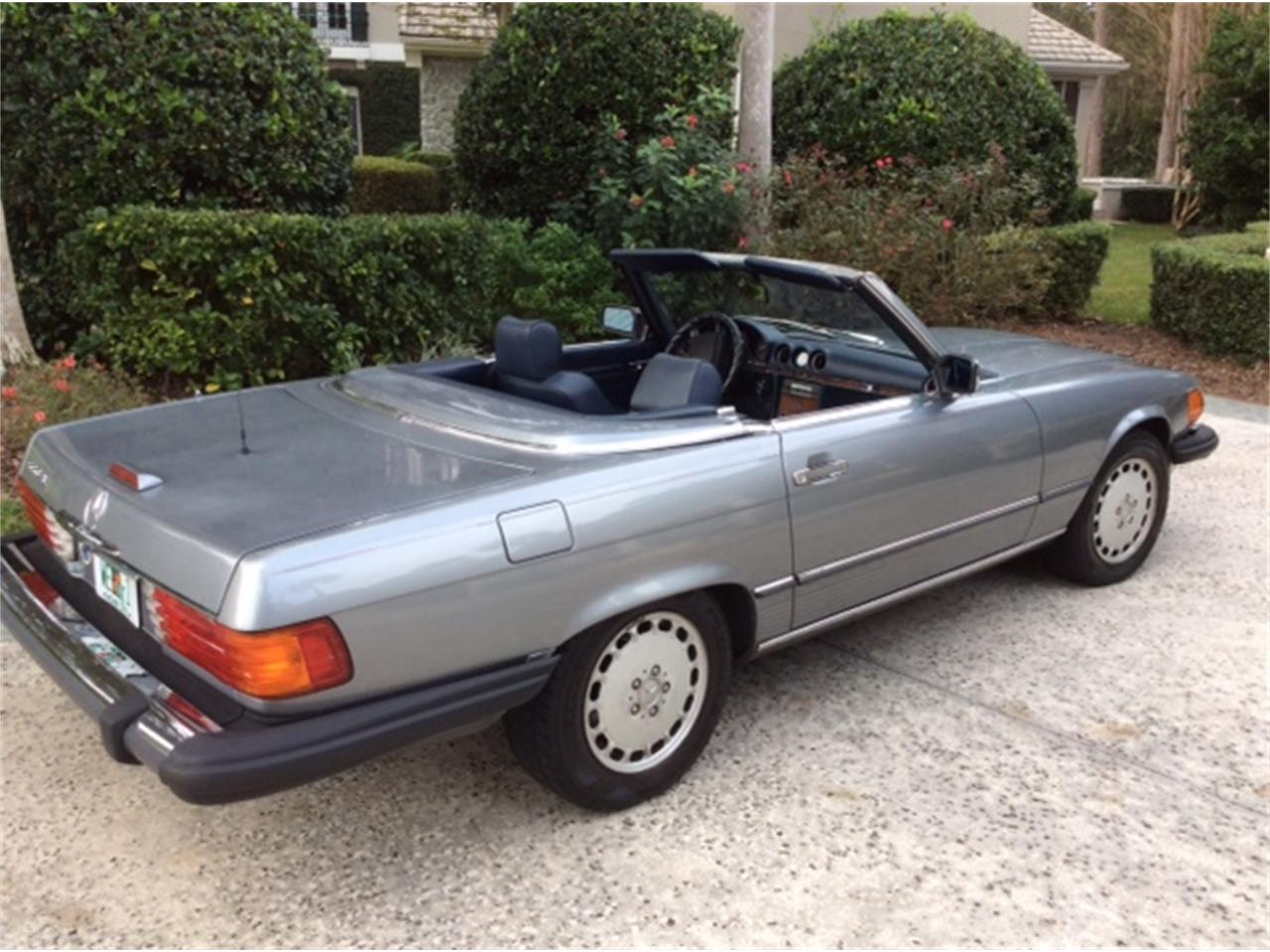 Large Picture of '89 560SL located in Ponte Vedra Beach Florida Offered by a Private Seller - G9PN