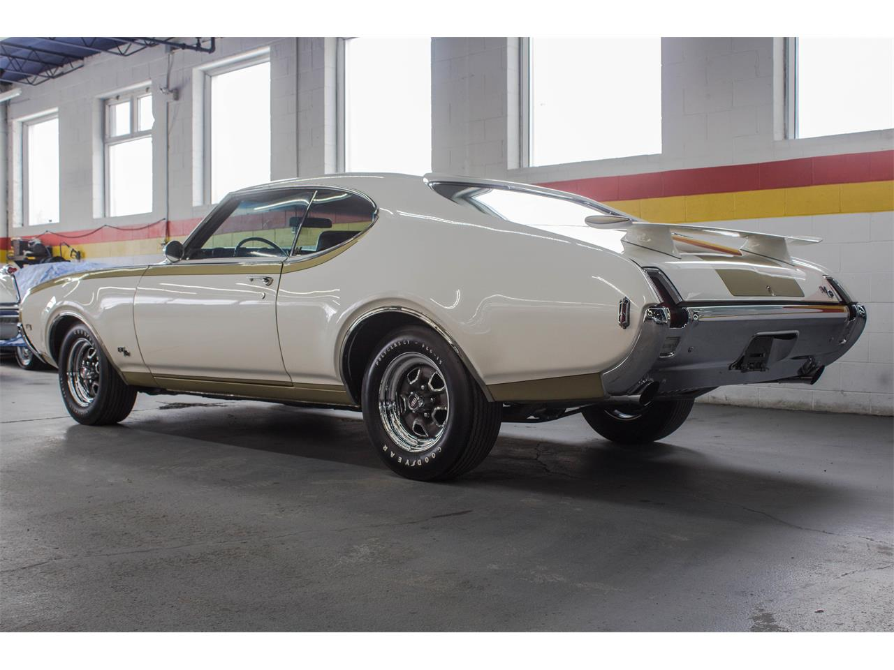Large Picture of 1969 Oldsmobile Hurst located in Montreal Quebec Offered by John Scotti Classic Cars - GA07