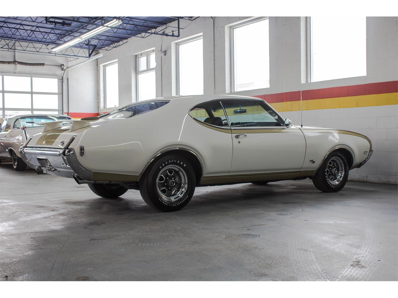Large Picture of Classic '69 Oldsmobile Hurst located in Quebec - $89,995.00 Offered by John Scotti Classic Cars - GA07