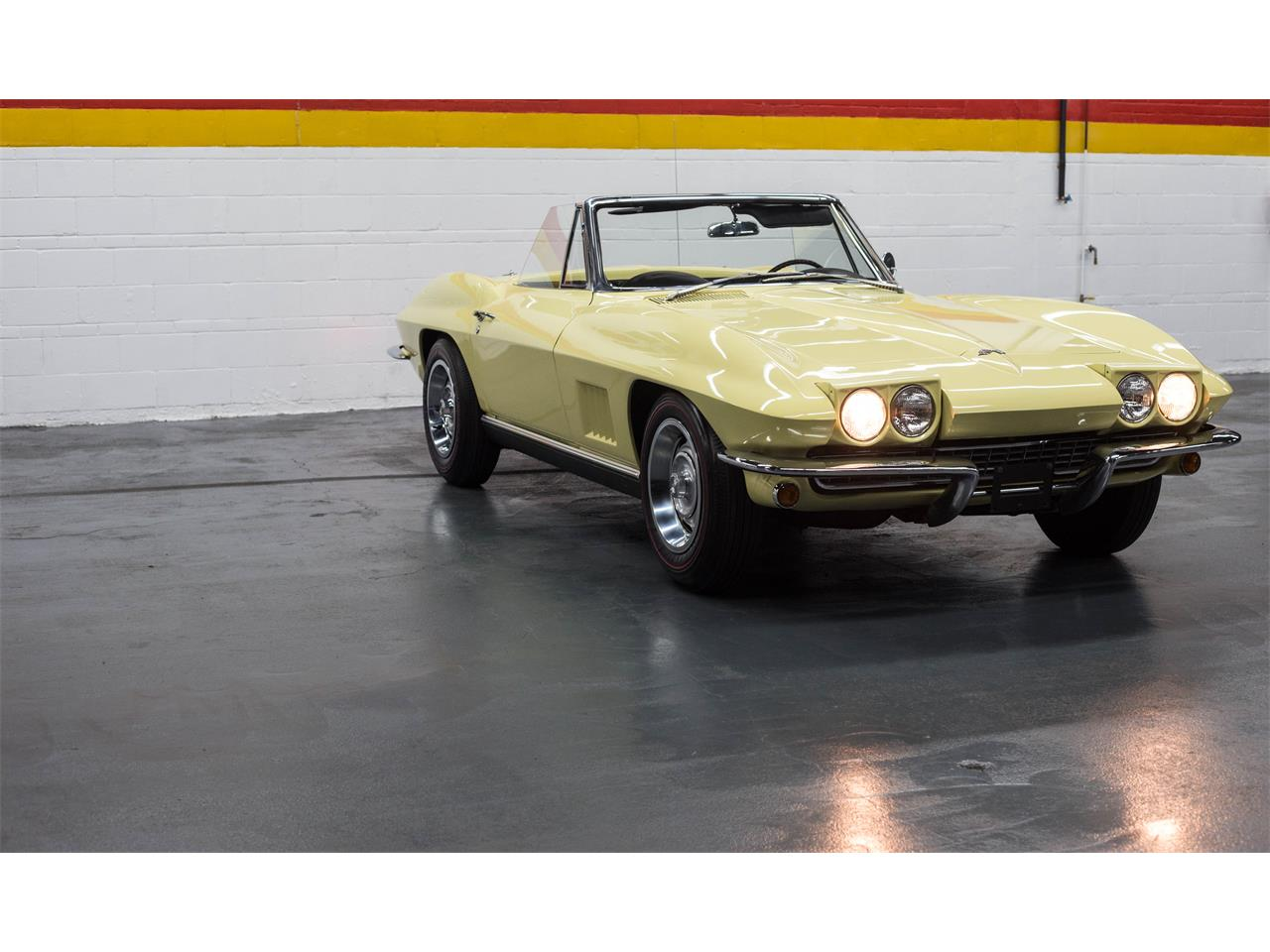 Large Picture of Classic '67 Chevrolet Corvette - GA0D