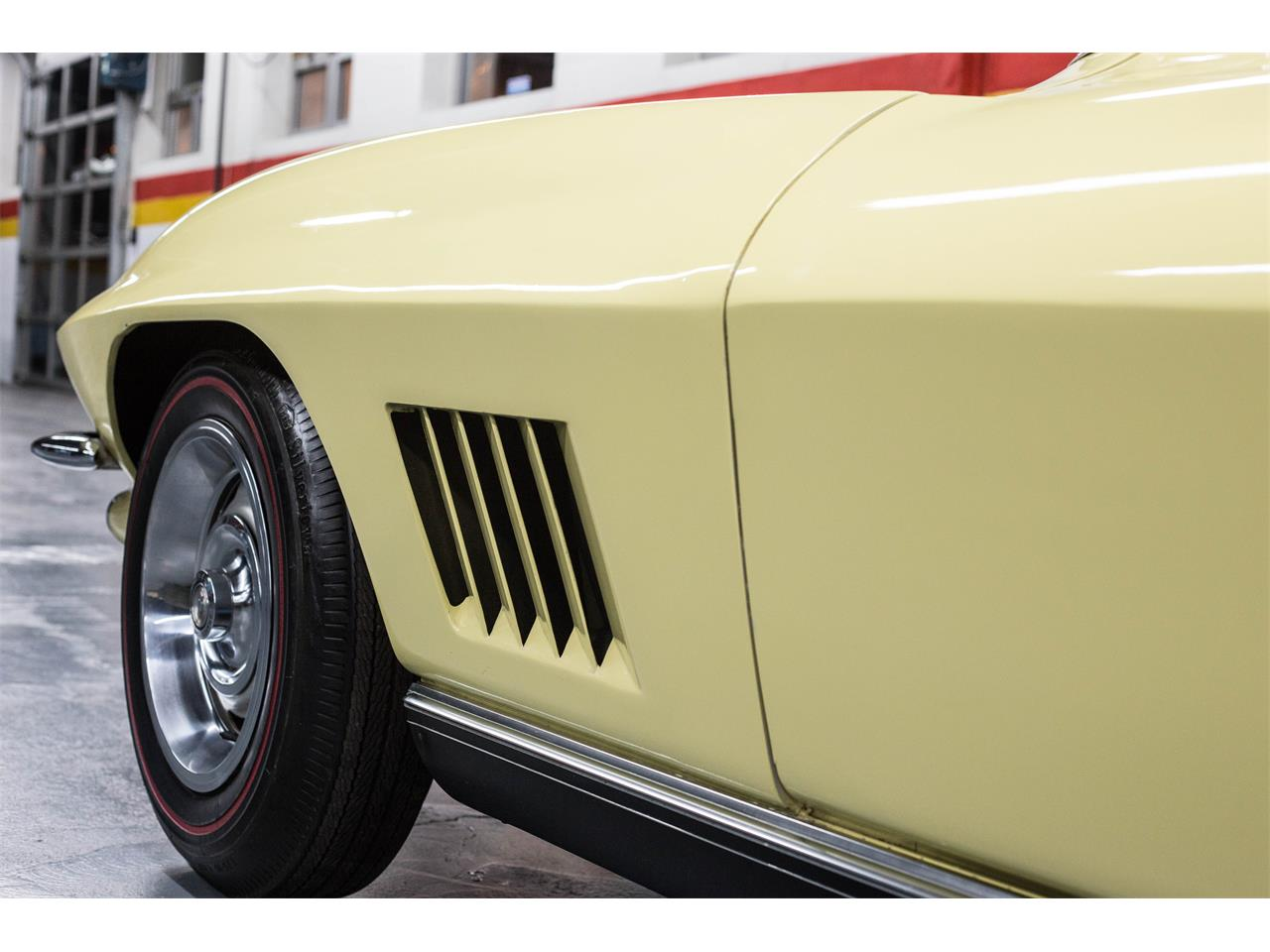 Large Picture of '67 Corvette located in Quebec - $79,990.00 - GA0D