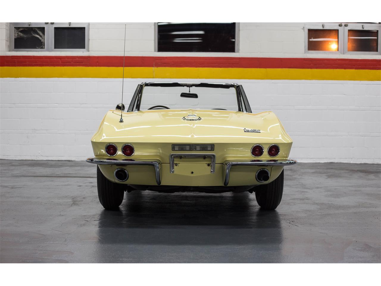 Large Picture of Classic 1967 Corvette located in Quebec - $79,990.00 Offered by John Scotti Classic Cars - GA0D
