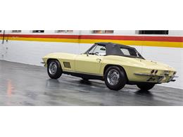 Picture of Classic 1967 Corvette located in Montreal Quebec - $79,990.00 Offered by John Scotti Classic Cars - GA0D