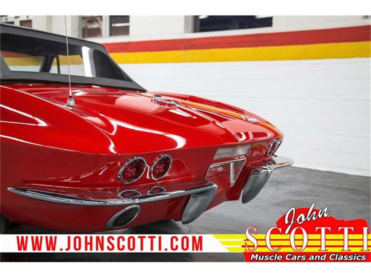 Large Picture of Classic '67 Corvette located in Montreal Quebec - $59,990.00 - GA0F