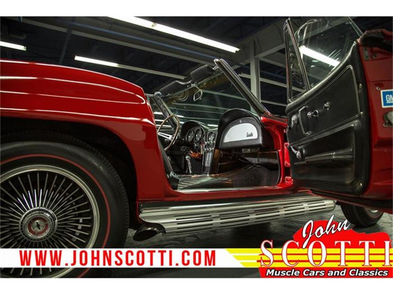 Large Picture of Classic '67 Chevrolet Corvette located in Montreal Quebec Offered by John Scotti Classic Cars - GA0F