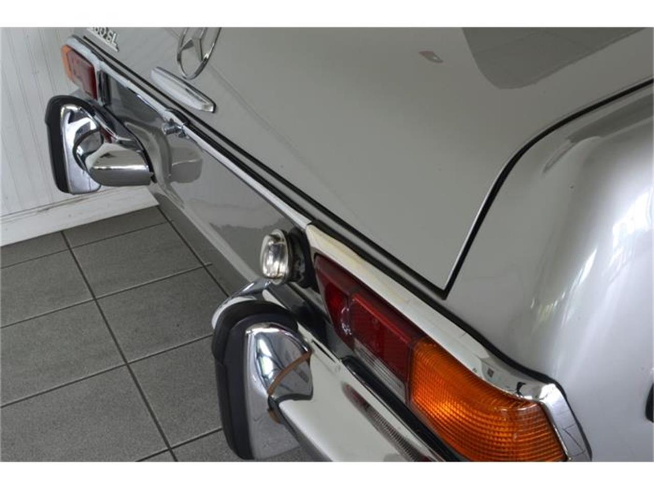 Large Picture of Classic 1970 280SL located in New York Offered by Aventura Motors - GBQK