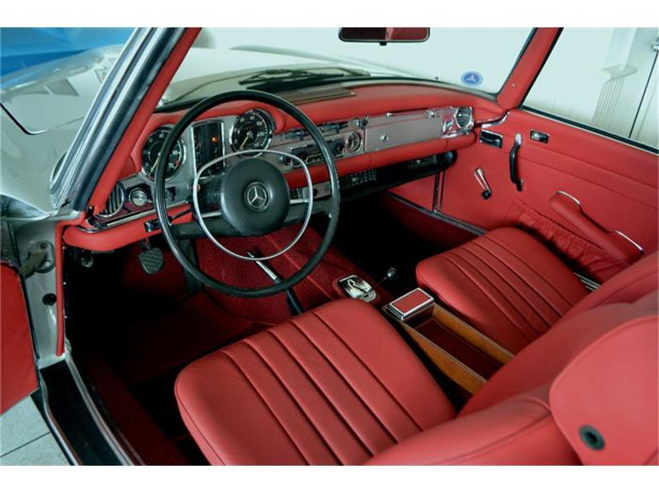 Large Picture of Classic 1970 Mercedes-Benz 280SL - $149,000.00 Offered by Aventura Motors - GBQK