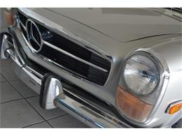 Picture of Classic '70 Mercedes-Benz 280SL located in New York - $149,000.00 Offered by Aventura Motors - GBQK
