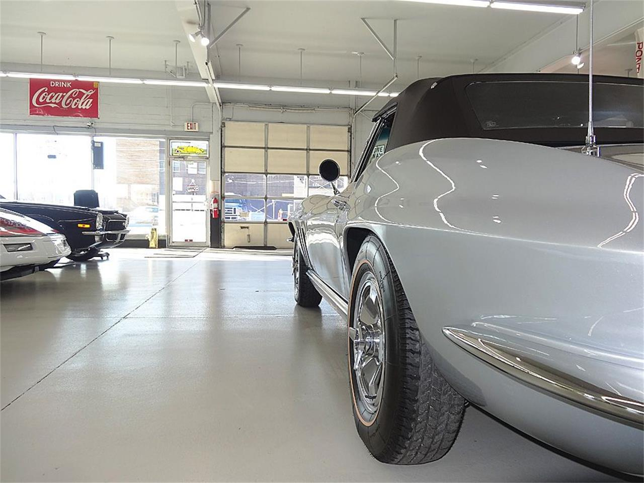 Large Picture of '66 Corvette - GC30