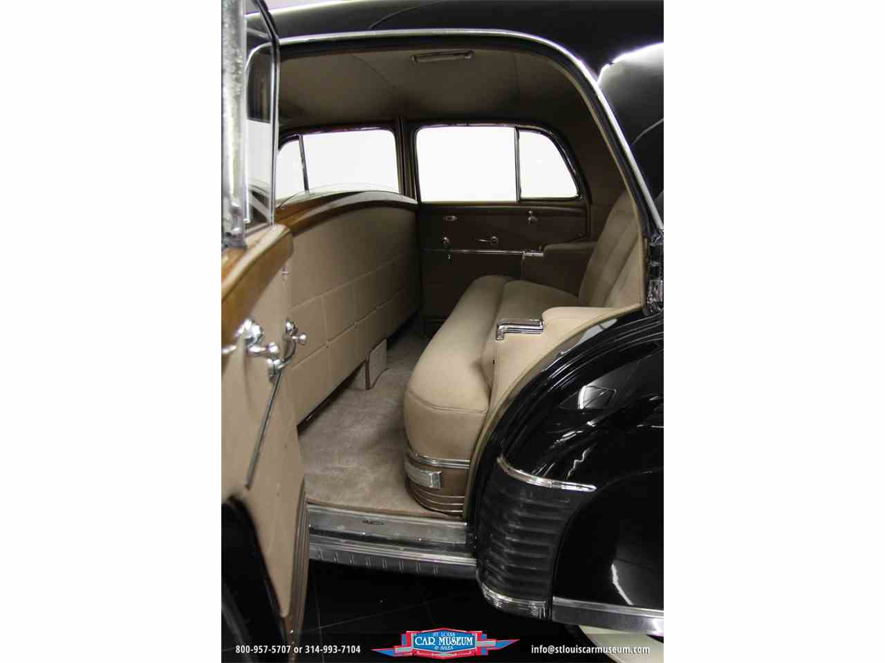Large Picture of '41 Fleetwood 60 Special Imperial Sedan - GCWG