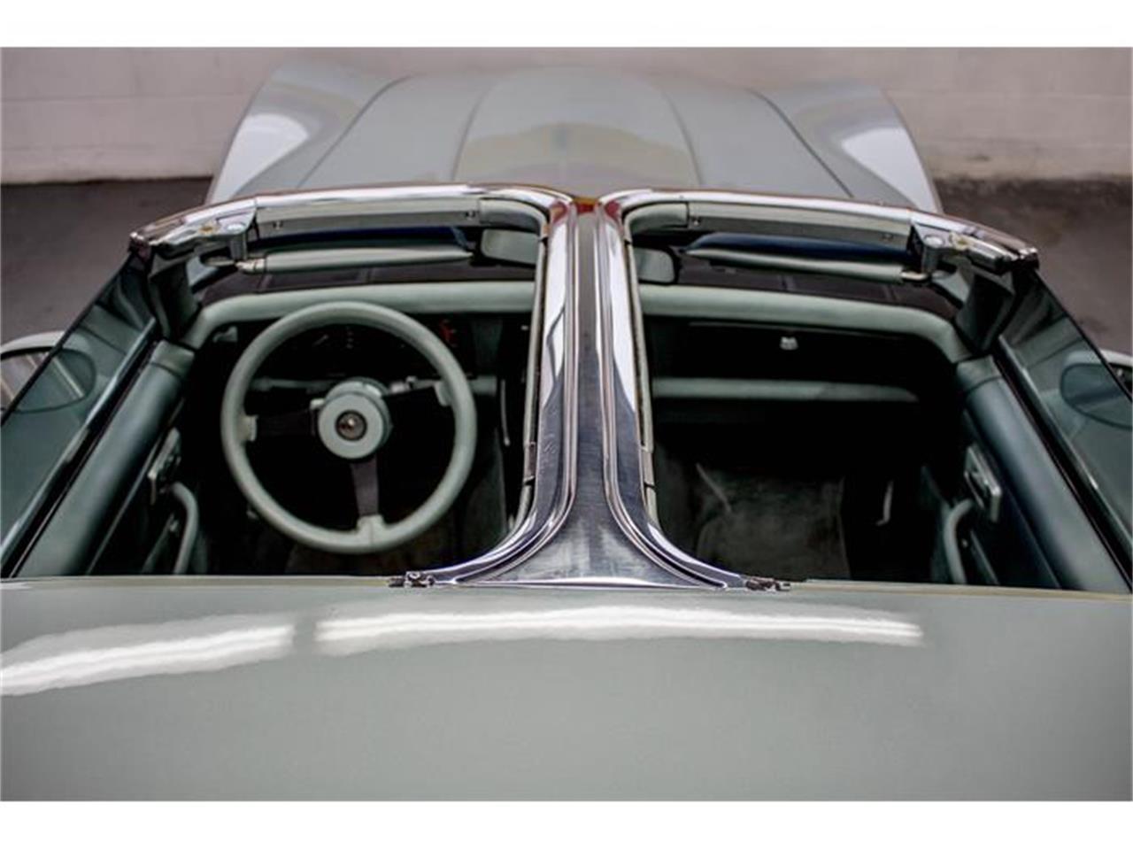 Large Picture of 1982 Corvette located in Quebec - GE2L