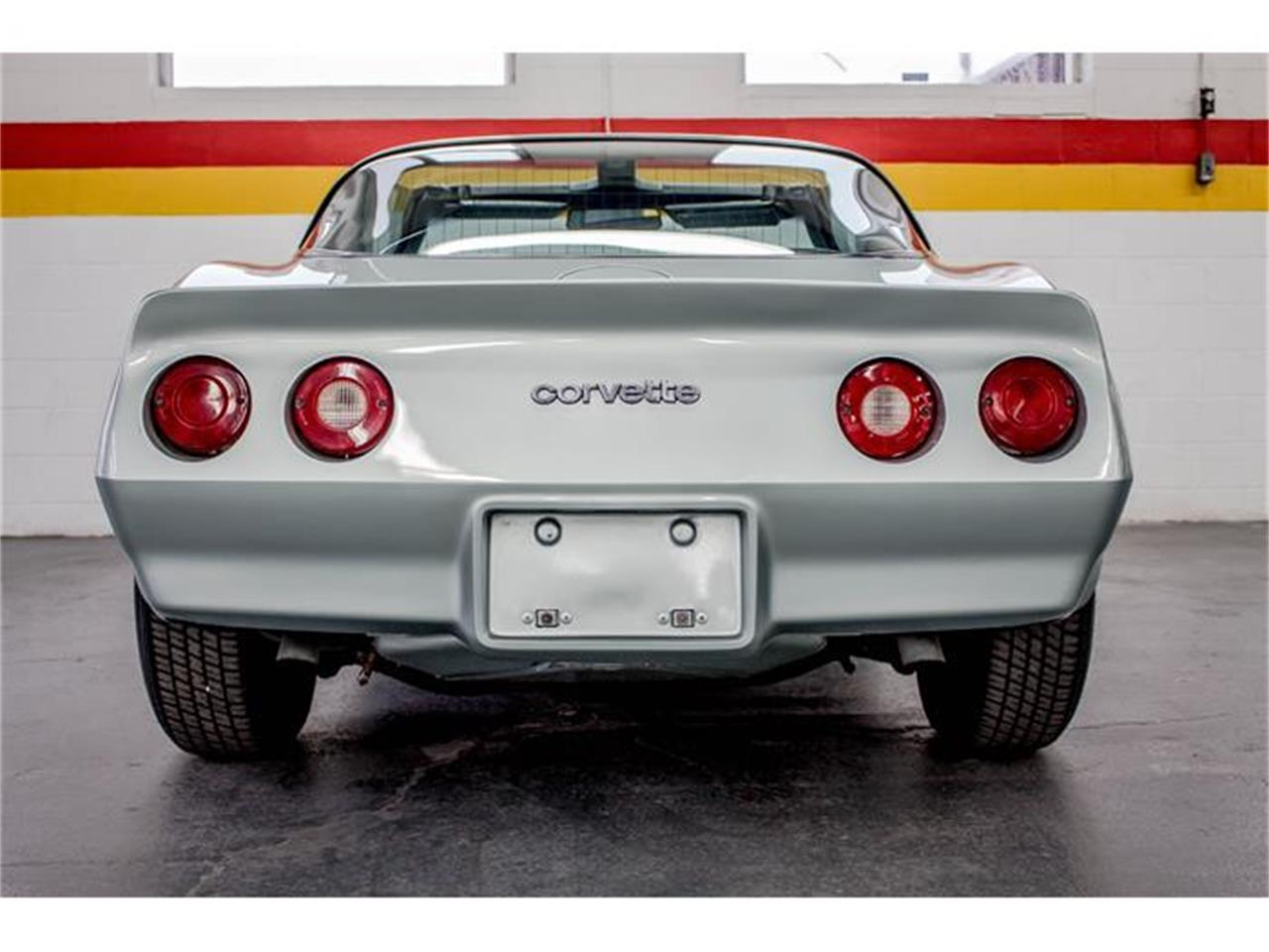 Large Picture of '82 Corvette located in Montreal Quebec Offered by John Scotti Classic Cars - GE2L