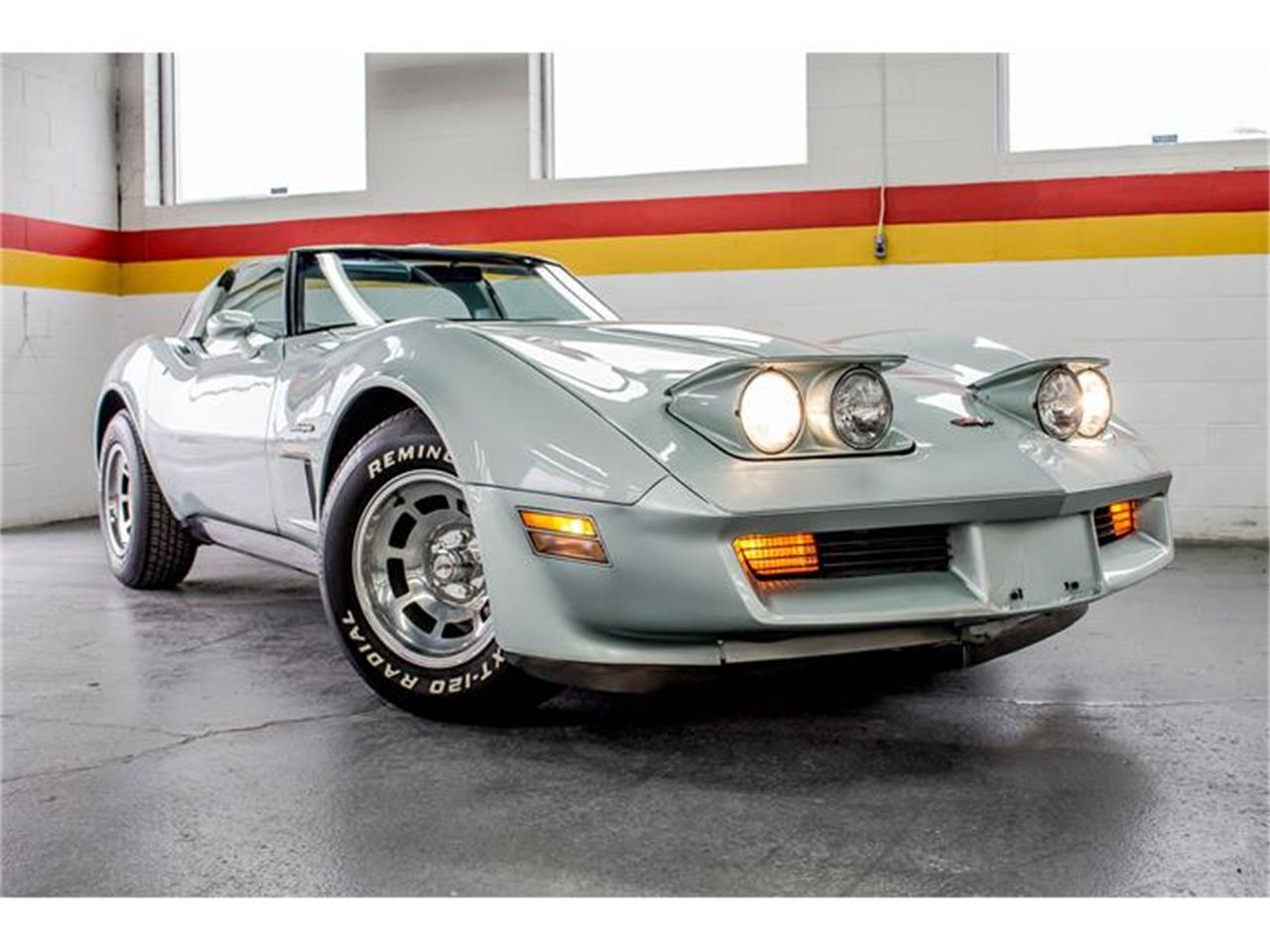 Large Picture of 1982 Corvette - GE2L