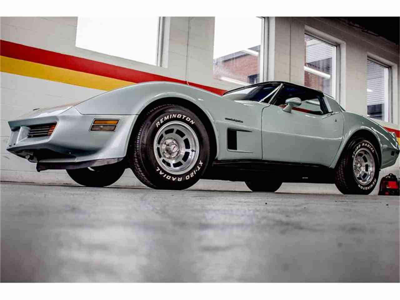 Large Picture of '82 Corvette - GE2L