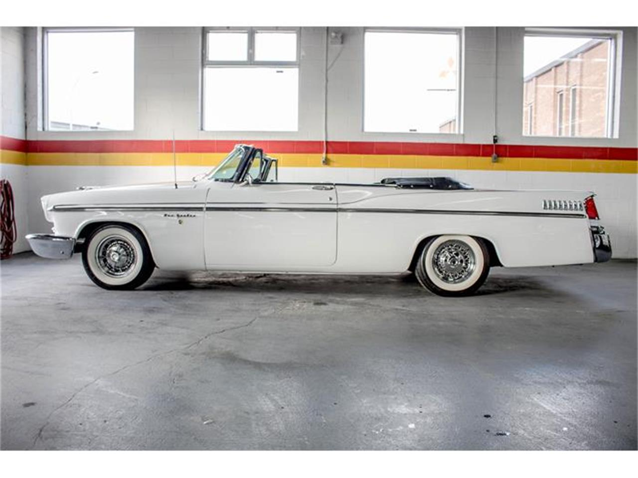 Large Picture of 1956 Chrysler New Yorker Offered by John Scotti Classic Cars - GE3F