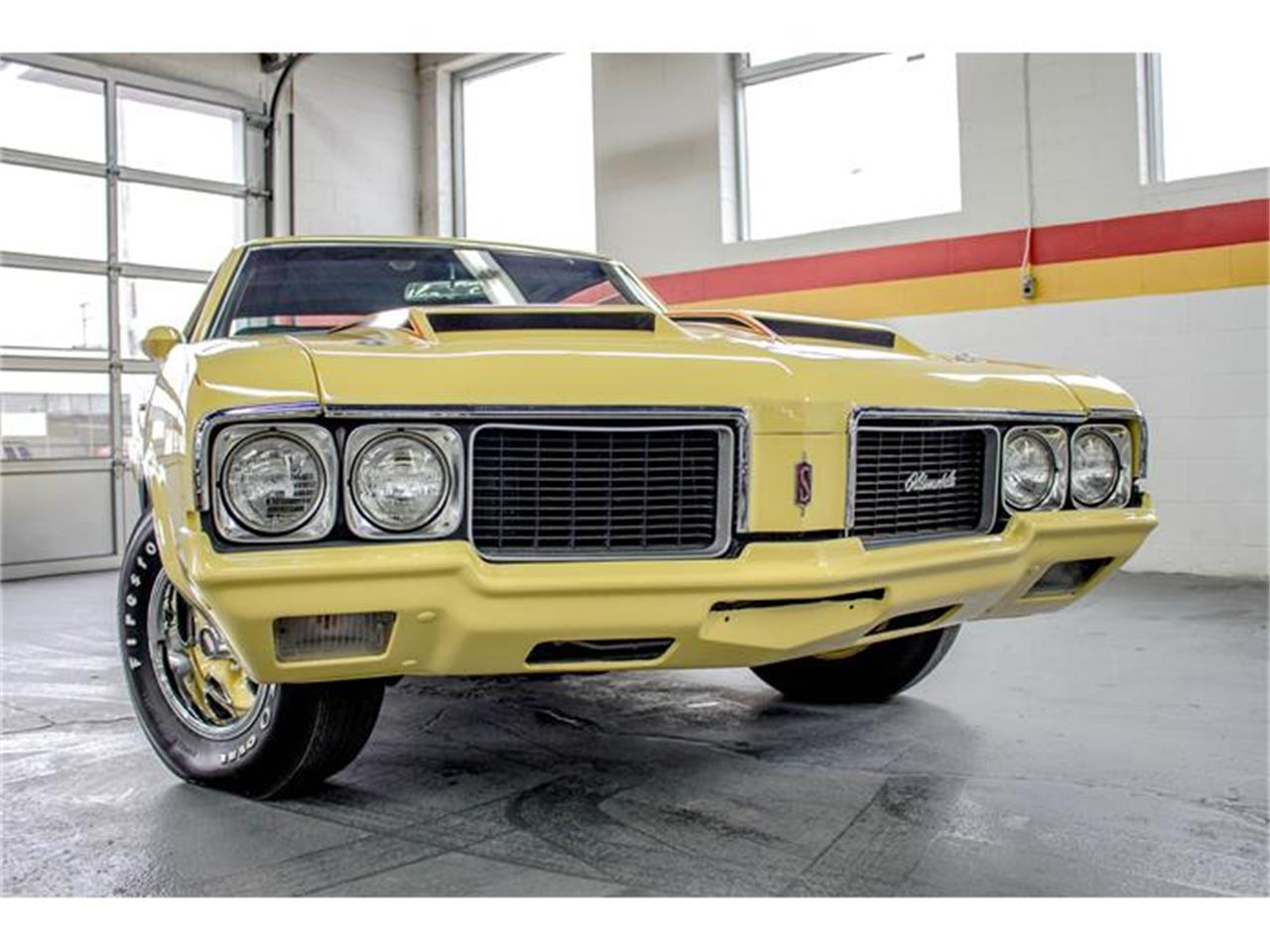 Large Picture of Classic 1970 Oldsmobile Rallye 350 located in Montreal Quebec - $31,990.00 Offered by John Scotti Classic Cars - GE80