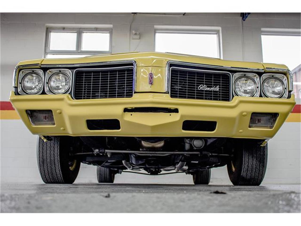 Large Picture of 1970 Oldsmobile Rallye 350 located in Quebec - $31,990.00 Offered by John Scotti Classic Cars - GE80