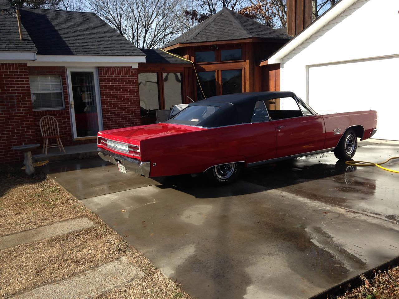 Large Picture of Classic '68 Plymouth Sport Fury - GEAR