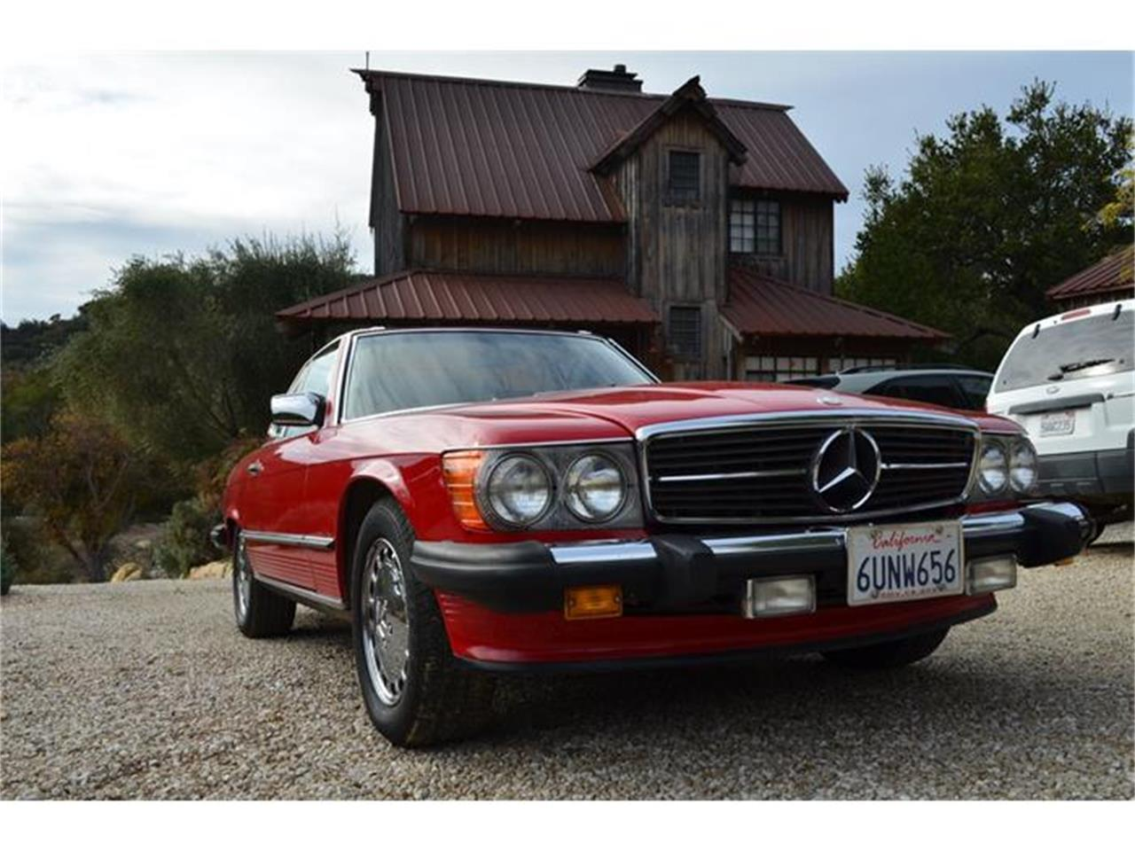 Large Picture of '88 Mercedes-Benz 560SL located in California - GATE