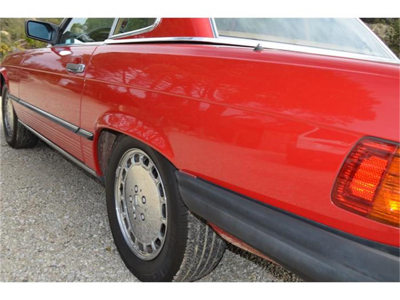 Large Picture of '88 Mercedes-Benz 560SL located in Santa Ynez California - $24,500.00 Offered by Spoke Motors - GATE