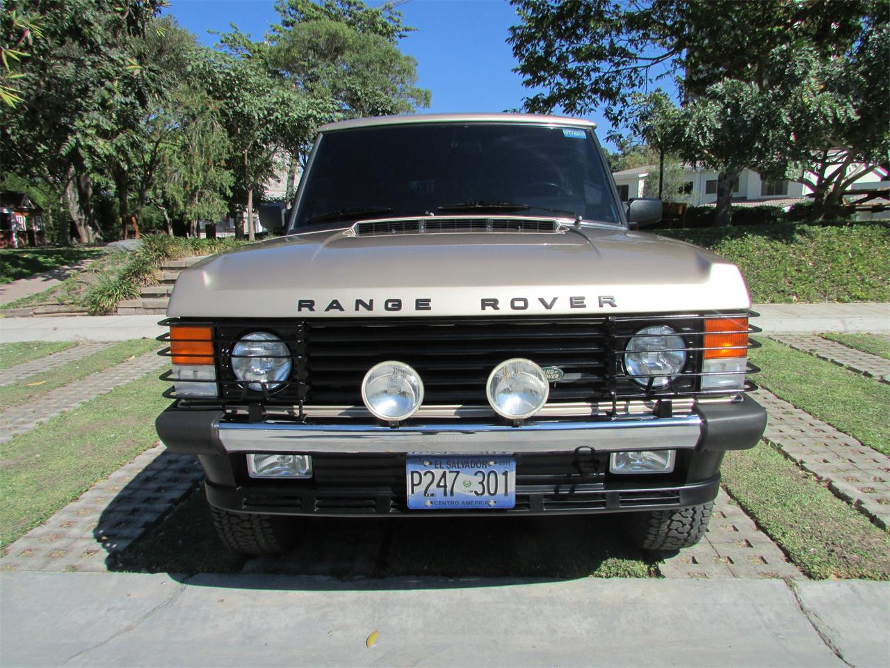 Large Picture of '93 Range Rover located in San Salvador San Salvador Offered by a Private Seller - GELK
