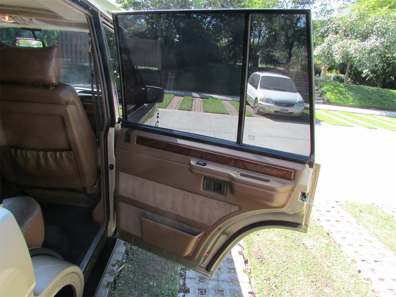 Large Picture of '93 Land Rover Range Rover - $19,500.00 - GELK