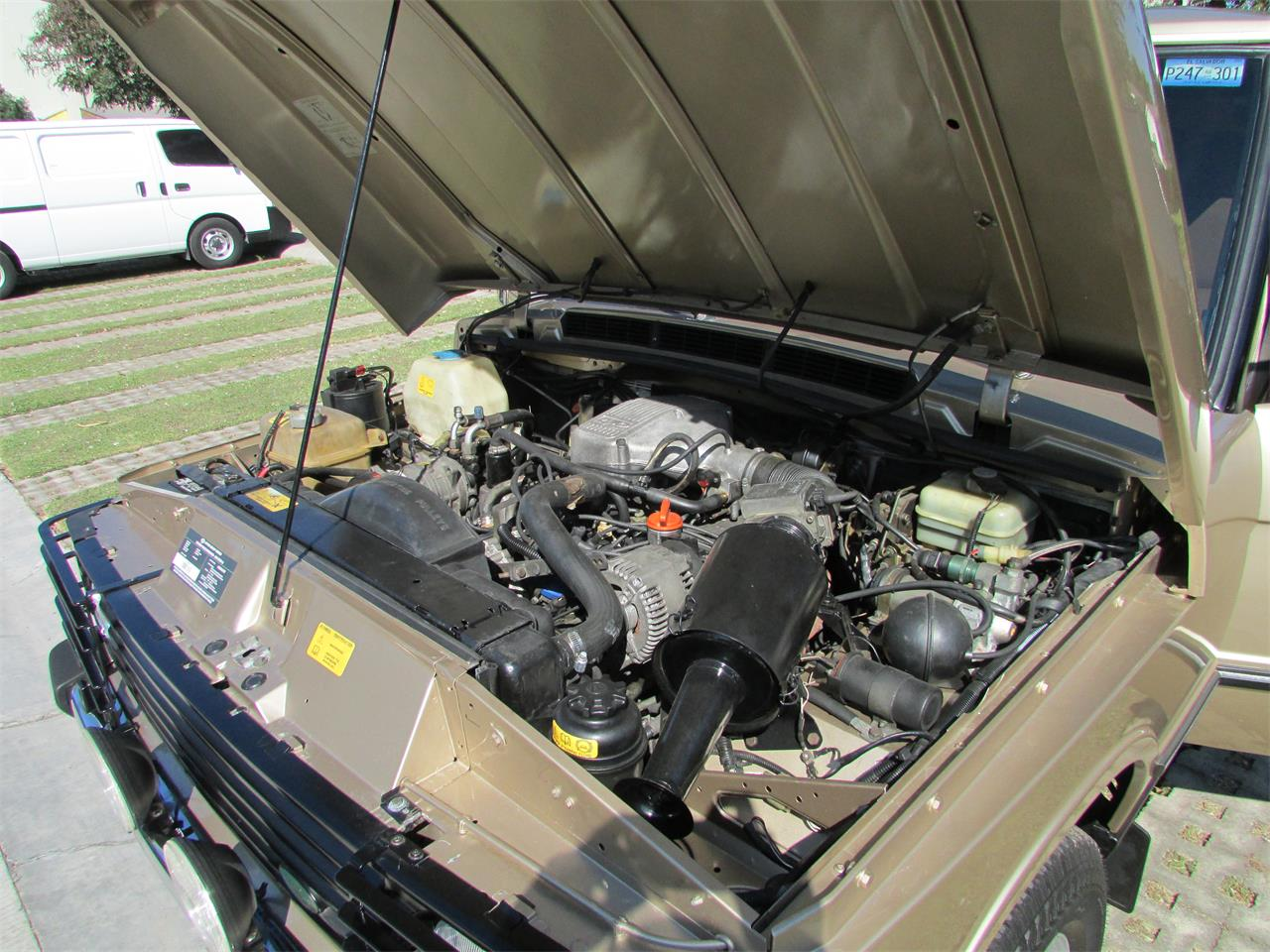 Large Picture of '93 Land Rover Range Rover Offered by a Private Seller - GELK