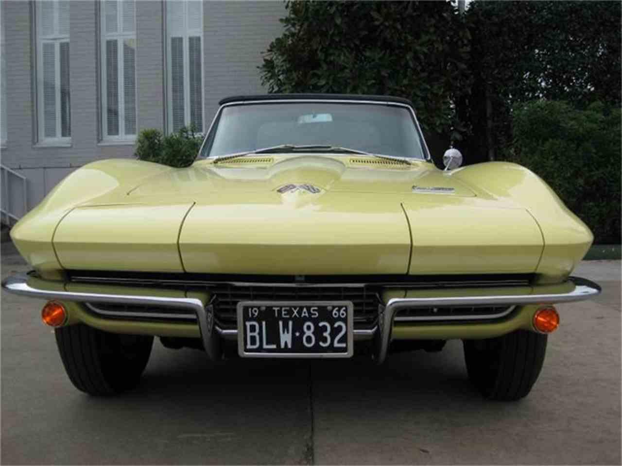 Large Picture of '66 Corvette - GEN1