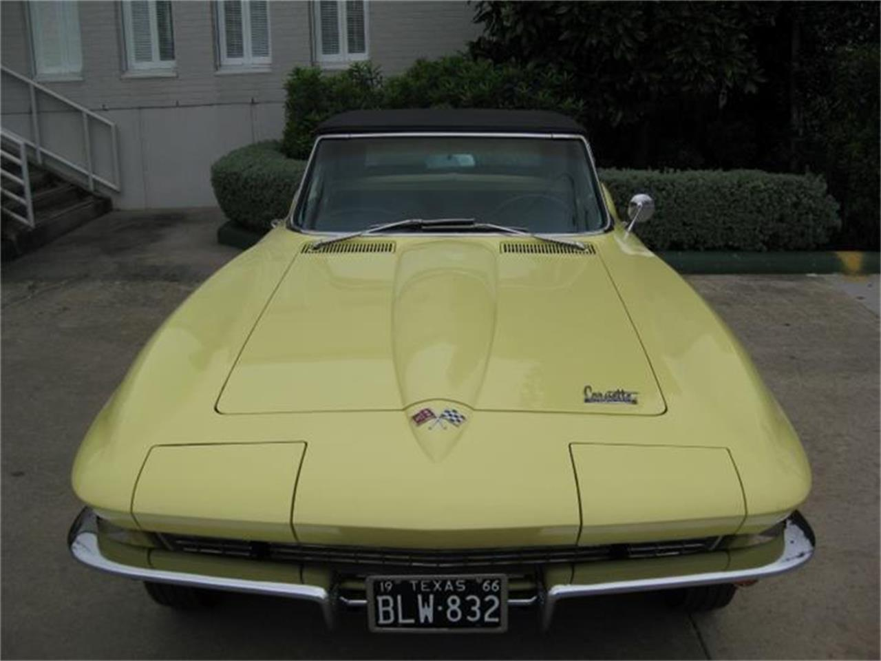 Large Picture of '66 Corvette - GEN1