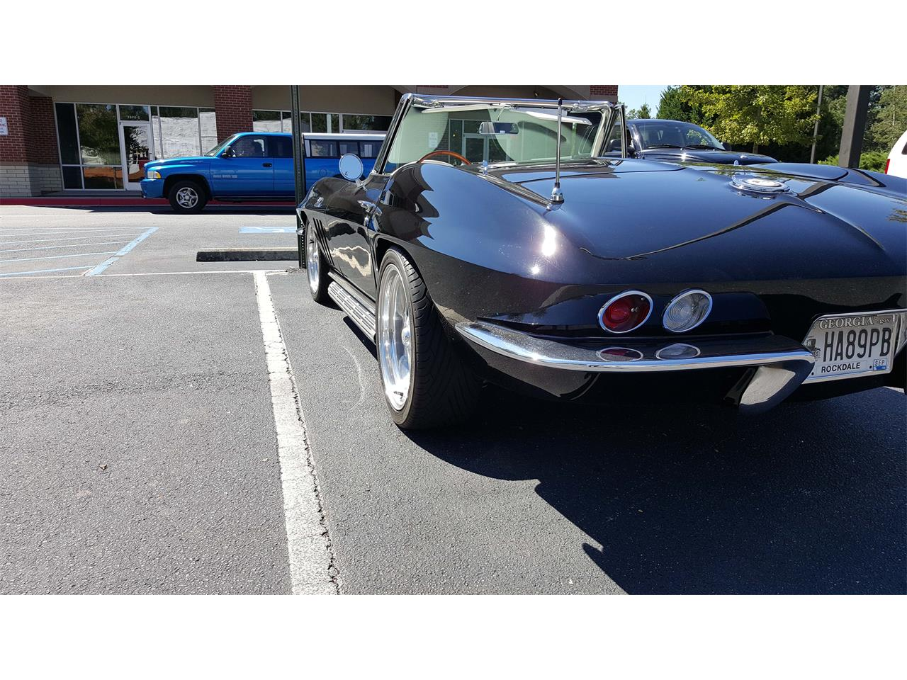 Large Picture of Classic 1965 Corvette located in Conyers Georgia - GH5V