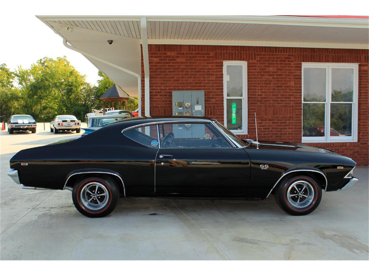 Large Picture of Classic 1969 Chevelle SS located in Lenoir City Tennessee Offered by Smoky Mountain Traders - GHL0