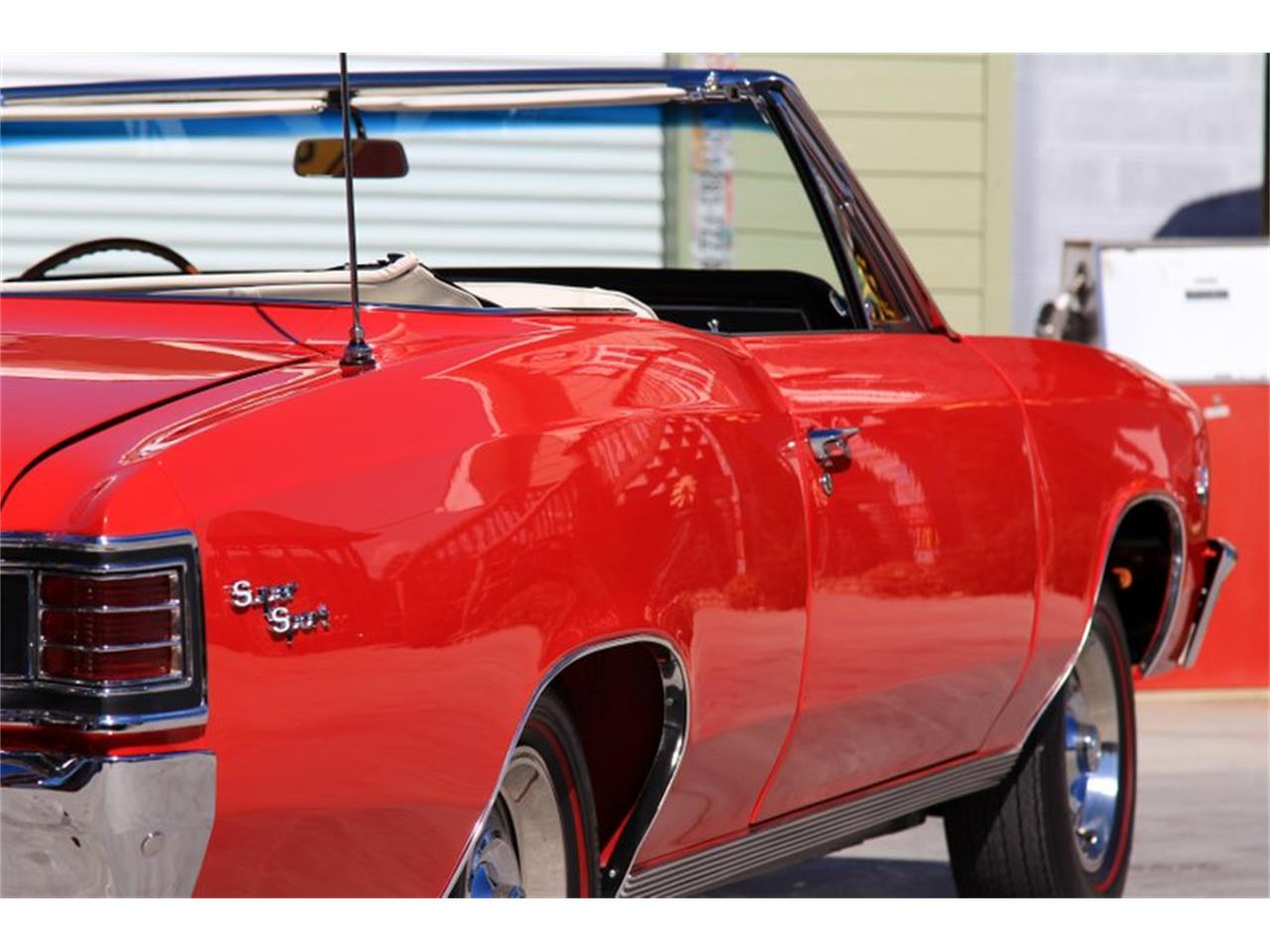 Large Picture of '67 Chevelle SS - GHLU