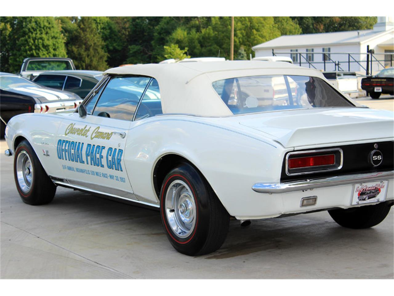 Large Picture of Classic 1967 Camaro - GHNE