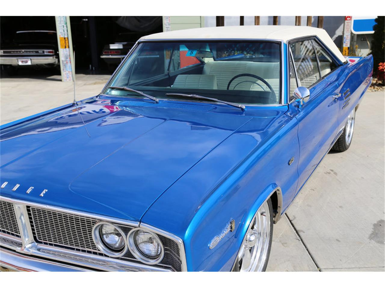 Large Picture of '66 Dodge Coronet - GJKP