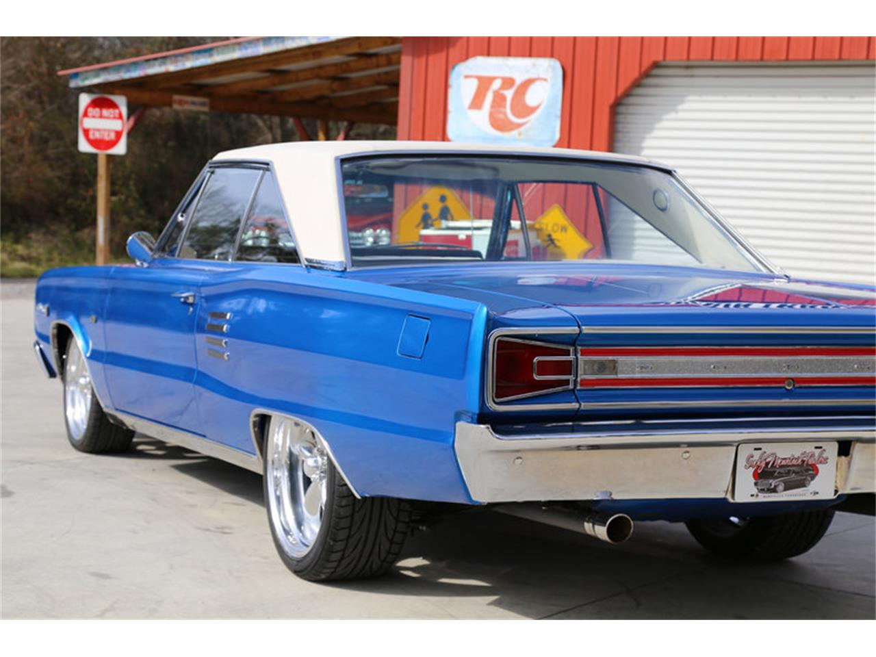 Large Picture of Classic 1966 Dodge Coronet located in Lenoir City Tennessee Offered by Smoky Mountain Traders - GJKP