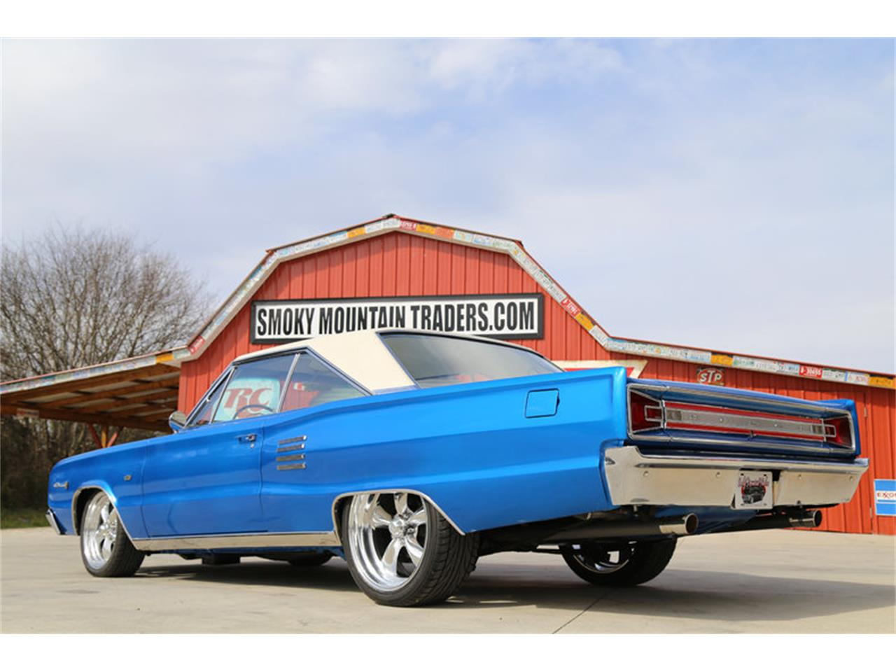Large Picture of 1966 Dodge Coronet Offered by Smoky Mountain Traders - GJKP
