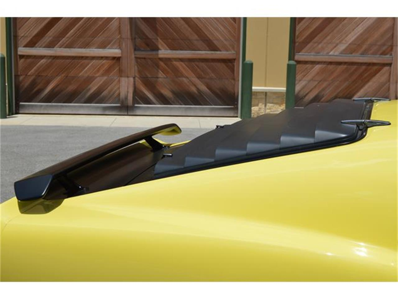 Large Picture of 1970 Ford Mustang Offered by LT Car Holding - GJNY
