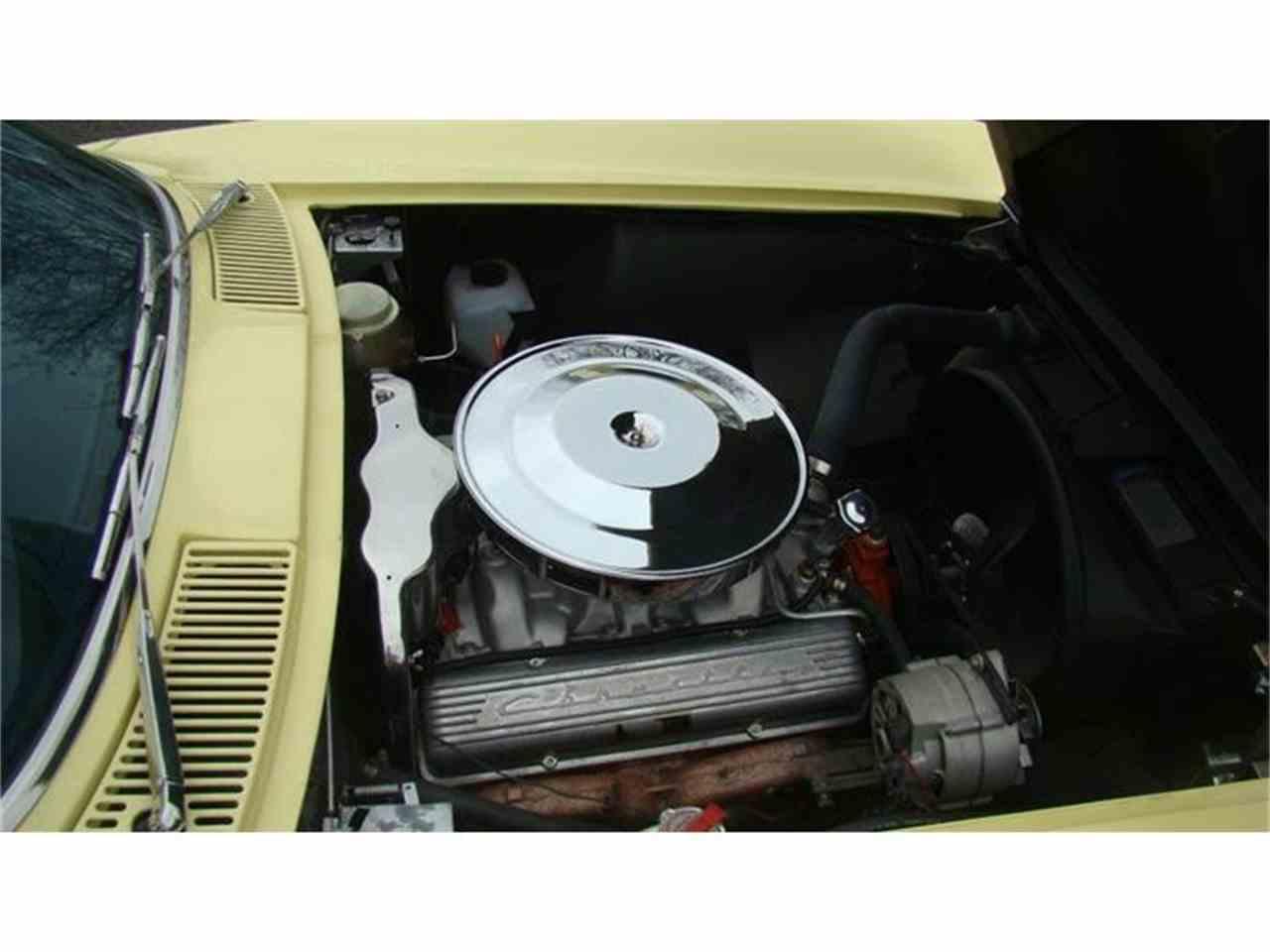 Large Picture of '65 Corvette - GJWY