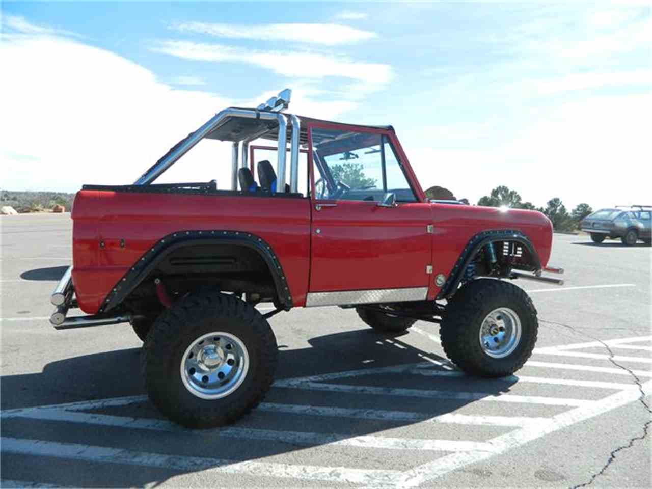 Large Picture of '71 Bronco - GKU3