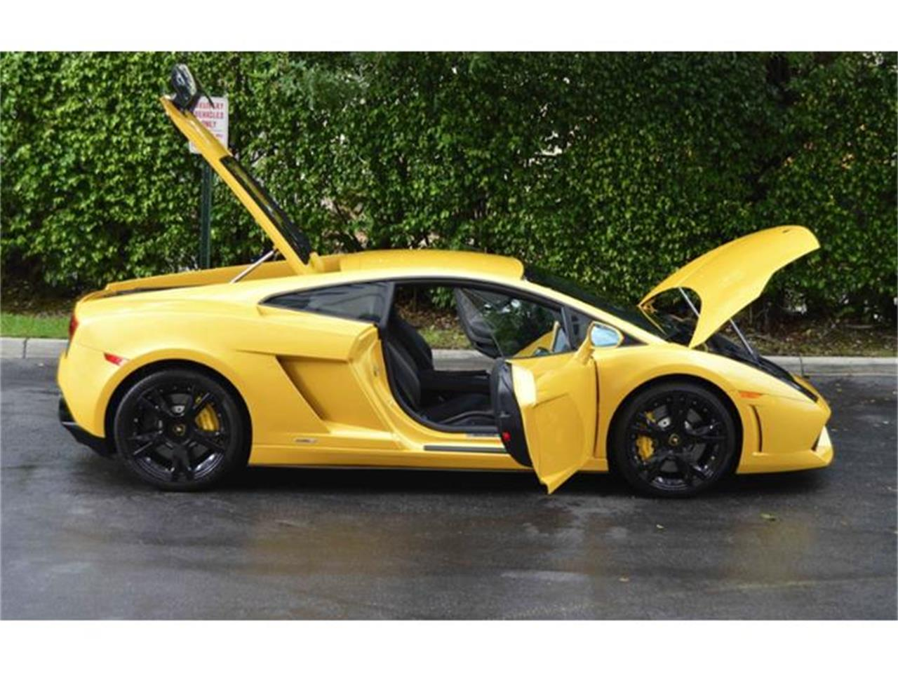 Large Picture of '12 Gallardo LP550-2 located in San Antonio Texas - $159,900.00 Offered by LT Car Holding - GMKZ